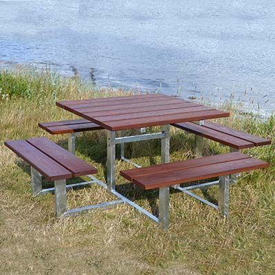 CLASSIC kvadratisk bordbænkesæt uden ryg i mahogni eller fyr