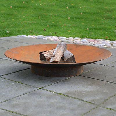 Bålsted i rå jern med ben og bålfad i ø60, ø80, ø100 og ø120 cm