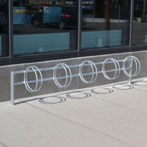 PREMIUM II galvaniseret cykelstativ med runde ringe