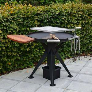 Høj kulgrill og bålplads med svingbar grillrist i rustfri stål