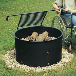 Tyveri- og vandalsikret bål- og grillplads i stål med vipperist